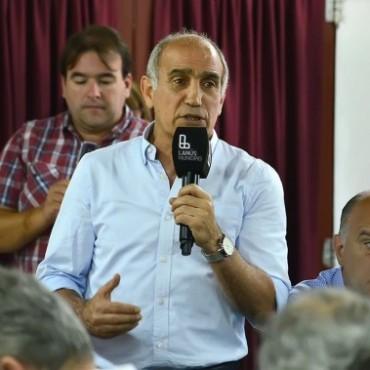 El vicegobernador Daniel Salvador encabezó el encuentro de jefes comunales de 'Cambiemos'