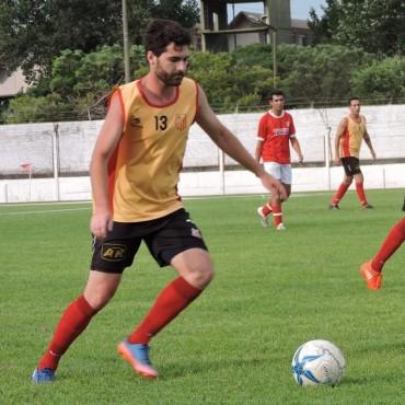 Manuel Ducasse: 'Lucho Villarreal y su cuerpo técnico hacen un laburo bárbaro'
