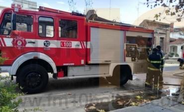 Bomberos Voluntarios: Asistieron a un escape de gas e incendios forestales y en viviendas