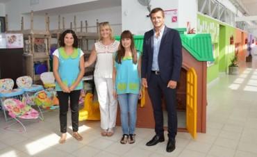 Jardines Maternales: El intendente Bucca presentó a la nueva directora de ambas entidades