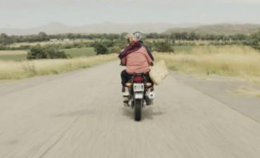 Made In Bolívar: Hoy se proyecta 'Nana', historia de un viaje, de Miki Francisco en el Cine Avenida