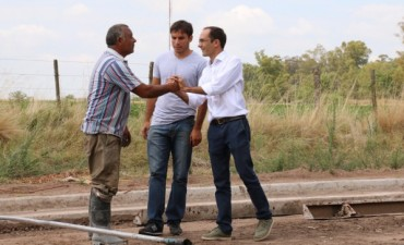 Marcos Pisano recorrió la obra de pavimento en Pirovano