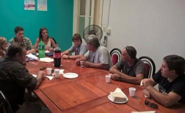 Para planificar mejoras y acciones en conjunto: Se realizó una reunión con empresarios del Parque Industrial