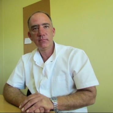 Hospital Capredoni: El doctor Eduardo Tenca anunció la apertura del CAPS  de Unzué y remarcó el esfuerzo de la cooperadora para adquirir el autoclave