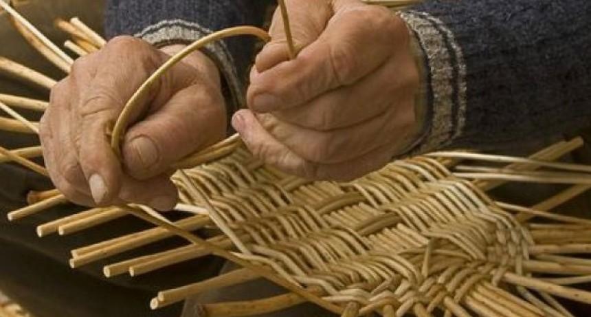 Adultos mayores proyectará cortos sobre oficios tradicionales en el cine
