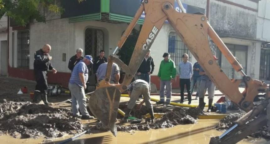 La falta de agua es por la rotura de un caño madre en Almafuerte y Avenida Brown