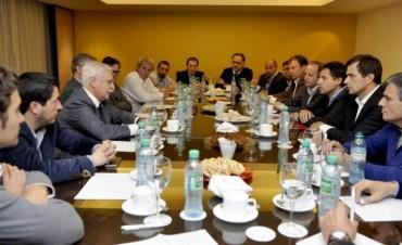 Bucca se reunió con Presidentes de Cámaras para conocer la realidad del sector Metalmecánica, Calzado, Juguetes y Textil