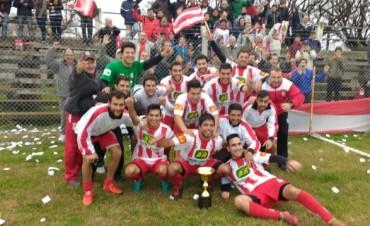 Clásico local: Sierra cortó la racha invicta de Independiente