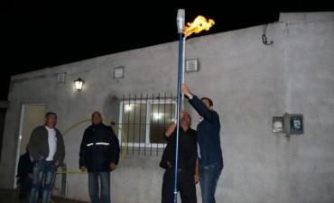 5ta. Antorcha: El Intendente Bucca inauguró la extensión de gas para Barrio Jardín