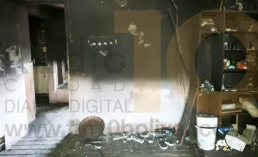 Incendio en una vivienda en zona rural donde funciona un tambo familiar