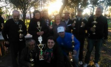 La Agrupación Unida de Barrio Pompeya realizó un torneo de tejo