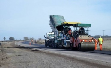 Se realizan los últimos trabajos de repavimentación en la Ruta 65
