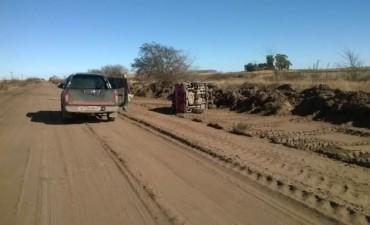 Volcó una camioneta que trasladaba a jugadores del club Ferro, en el camino a Salazar