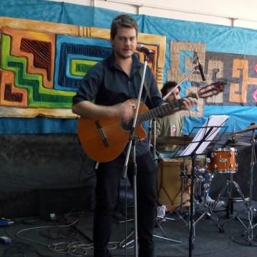 Hernán Caraballo: con canciones, viajes y nuevos proyectos