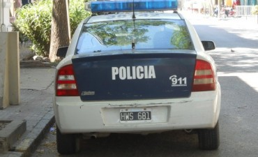 Policiales: Dos detenidos por robar un celular y el robo de una 'Motomel'
