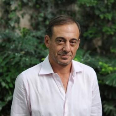 """Alejandro Awada estará este viernes en Bolívar presentando """"El Almuerzo"""""""