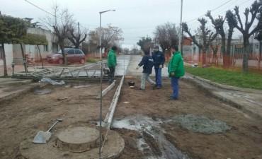 Pavimento Contínuo en Bº Los Tilos: Comienza el hormigonado en la calle Libertador