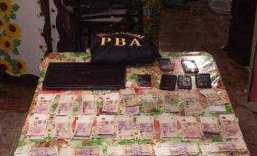 Olavarría: Secuestran droga y mucho dinero en allanamientos, hay dos aprehendidos