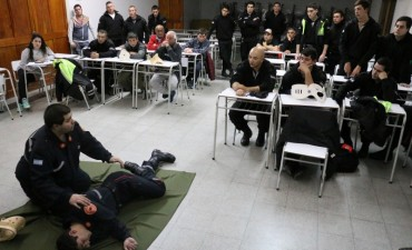 Los inspectores de Protección Ciudadana reciben capacitaciones a cargo del Cuerpo Activo de Bomberos Voluntarios