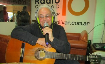 Oscar 'Gringo' Cardoso hizo su paso por WhatsAppeando