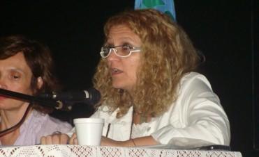 Jóvenes y drecho a la educación: Este martes disertará en Bolívar la Magister Claudia Bracchi