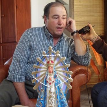 Juan Coll visitó los estudios de FM 10