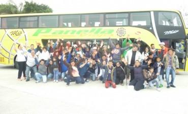 Más de 400 bolivarenses viajaron a Tecnópolis al recital de Marcos Witt