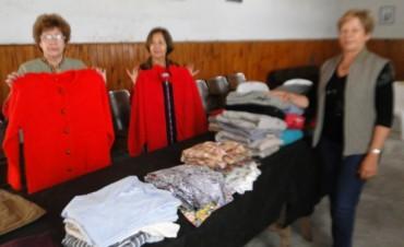 Sigue la colecta de ropa  para el ropero del subcomité de la UCR