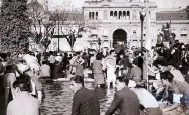 17 DE OCTUBRE DE 1945: El día que los trabajadores colmaron la Plaza de Mayo para pedir la liberación de Perón
