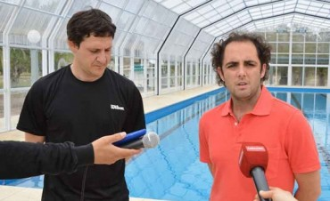 Este martes comienzan las actividades en el Natatorio Municipal con la visita y una clínica de natación a cargo de José Meolans