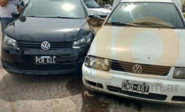Dos vehículos involucrados en una colisión