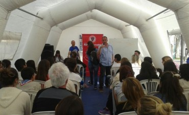 Las Asociaciones Civiles 'Uniendo Sonrisas' y 'Río Colorado', y una jornada para jóvenes