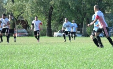 Se juega la fecha del Fútbol Rural Recreativo, Radio Urdampilleta transmite el clásico