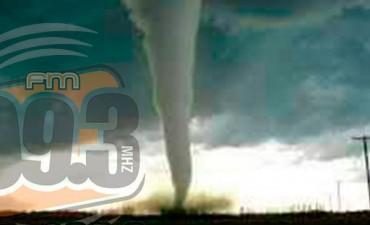 La foto del tornado lograda por un campecino en Daireaux