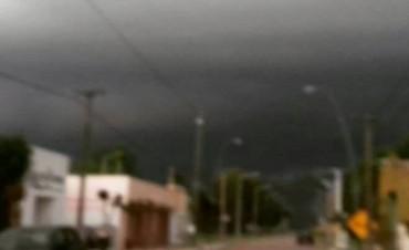 Daireaux: Hubo fuertes vientos pero sin daños mayores como en Pirovano y Urdampilleta
