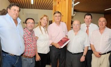 Los referentes del Partido Socialista de Bolívar acompañaron a Hermes Binner y Margarita Stolbizer, en Azul y Olavarría