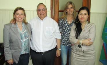 El padre Alberto Bustamante visitó el Instituto Jesús Sacramentado