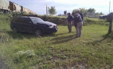 Olavarría: Tren de carga chocó con un automóvil