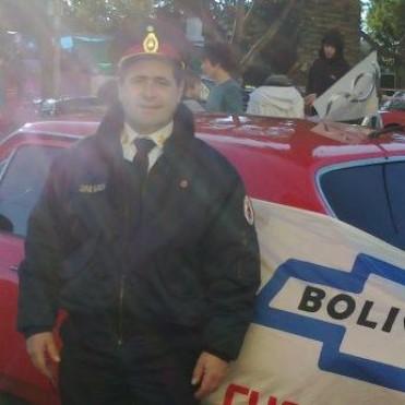 Barrio Las Flores: Si bien Bomberos no confirmó la noticia, el incendio de la vivienda habría sido provocado por una 'bomba molotov'