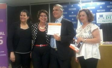 Isabel 'Pompo' Peralta recibió una distinción por su labor en DDHH
