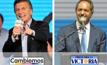 Macri toma ventaja sobre Scioli en el inicio del recuento oficial