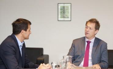 El intendente Eduardo Bucca se reunió con el Ministro Barañao