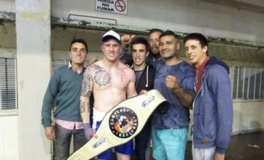 Gran velada boxística en Herrera Vegas con buenos combates para los bolivarenses