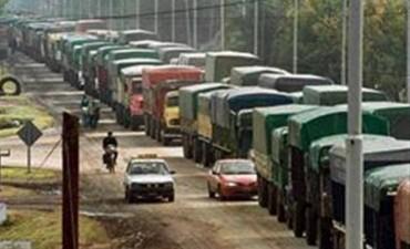 Creció 251% el ingreso de camiones con trigo en los puertos de Rosario