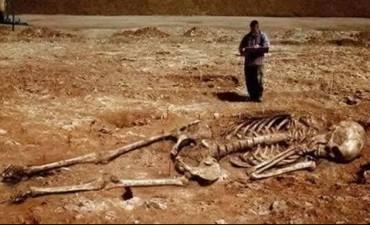 Hallaron huesos humanos en un canal de Berutti