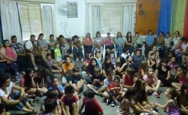 La Escuela de Estética realizó el cierre de las actividades del 2015