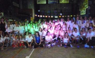 La escuela de Patín Artístico 'Sueño sobre Ruedas' despidió el 2015 con un espectáculo en el República de Venezuela
