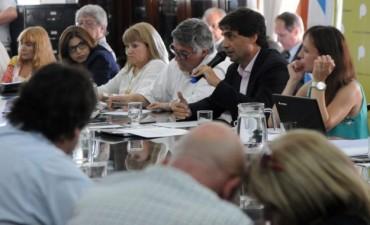 Provincia mejoró oferta a estatales pero puso un tope para el 2017