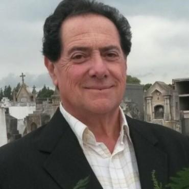 El cardiólogo Arturo Vergara será distinguido por el Círculo de Médicos de Azul