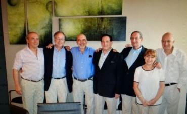 Reconocimiento al cardiólogo Arturo Vergara por sus 50 años de profesión